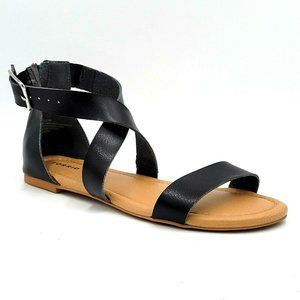 Torrid Flat Sandals Cross Straps Buckle Size 9W